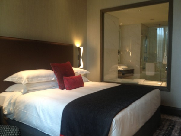 Carlton City Hotel Singapore Bed