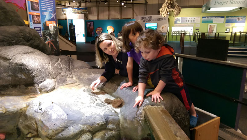 Bethaney-Bronwyn-and-Reuben-at-the-Pacific-Science-Center, seattle kids activities